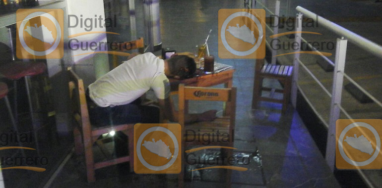 ejecutan-a-un-ingeniero-en-plaza-comercial-de-chilpancingo