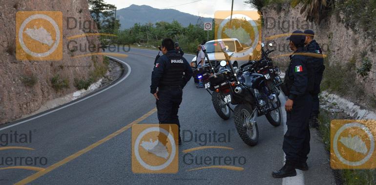seis-muertos-y-un-menor-herido-deja-asalto-a-una-urvan-en-la-carretera-chilpancingo-tixtla-5