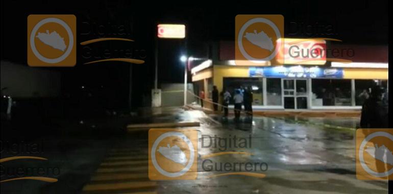 tres-muertos-deja-enfrentamiento-entre-policia-estatal-y-presuntos-sicarios-en-zihuatanejo-1