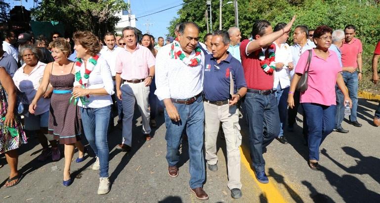 avenida_cumbres_llano_largo_acapulco-2