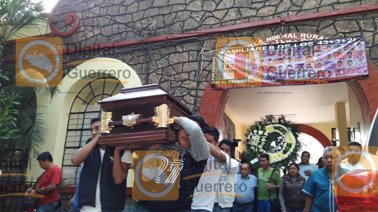homenaje_normalistas_ayotzinapa_asesinados-1