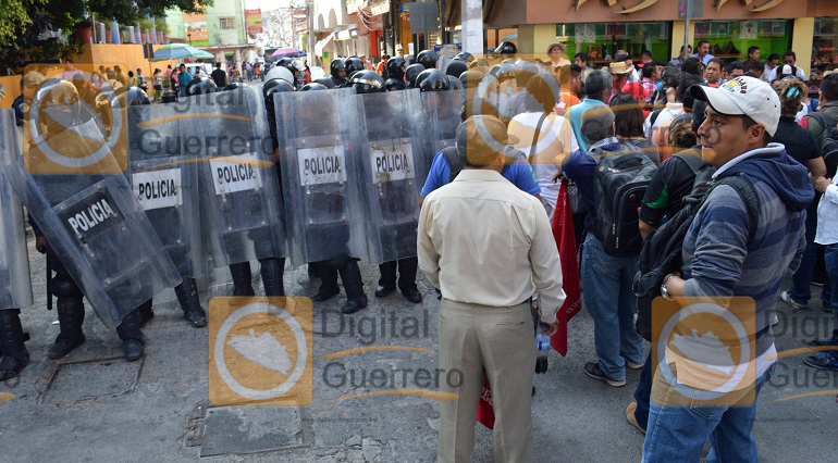 protesta-suspeg_reforma_educativa_chilpancingo-3