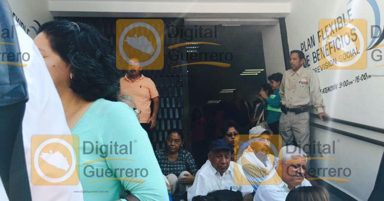 protesta_jubilados_pensionados_chilpancingo-2
