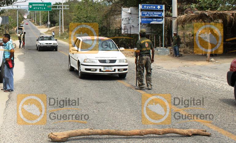 retenes_policia_ciudadana_ayutla_guerrero-2