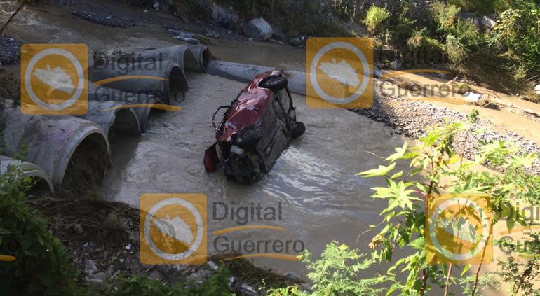 vehiculo_accidentado_mexico_acapulco-1