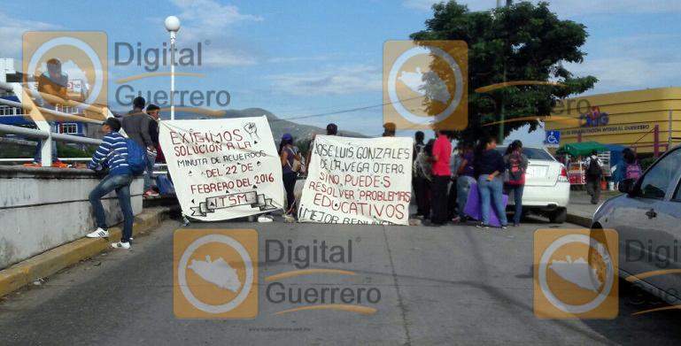 alumnos_itsm_palacio_gobierno-2