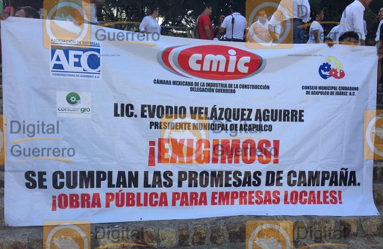 bloqueo_cmic_ayuntamiento_acapulco-1