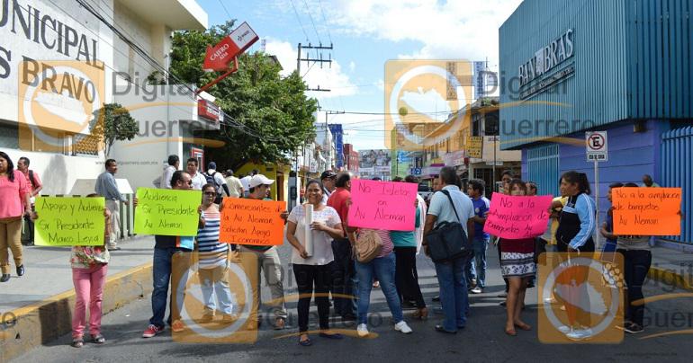 protesta_comerciantes_ayuntamiento_chilpancingo-3