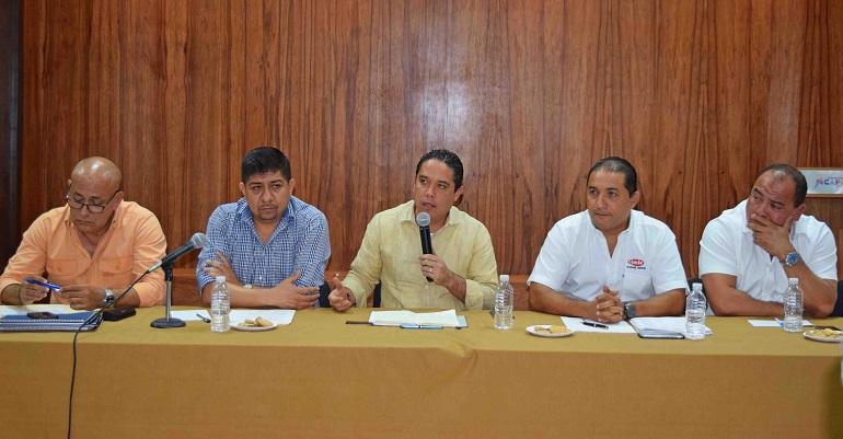 reunion_cmic-acapulco_evodio-1