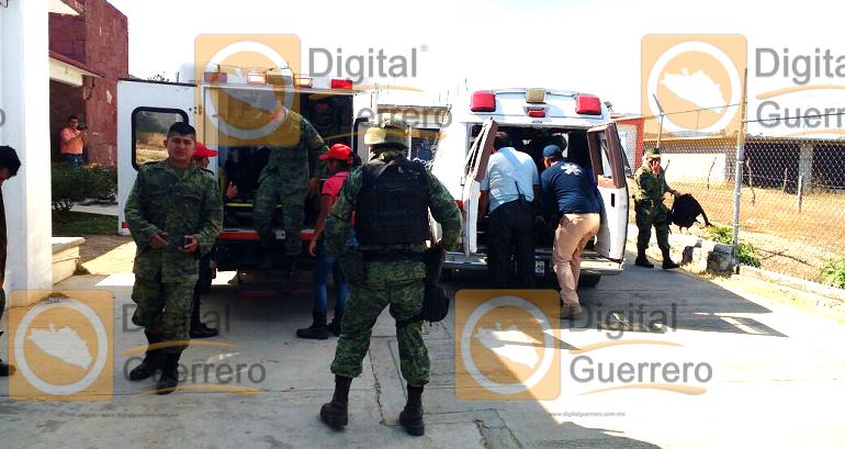 volcadura_camion_militar_apaxtla_guerrero