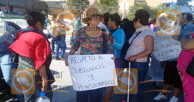 protesta_issspeg_jubilados_pensionados-2