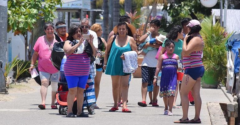 Turistas en Guerrero dejan 461 mdp por puente del 1 de mayo