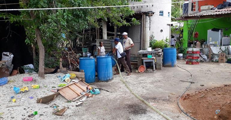 Como limpiar un pozo de agua artesanal fabulous limpieza for Limpieza de pozos de agua
