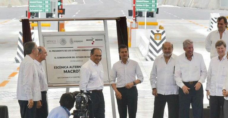 Peña Nieto entrega primera etapa del Macrotúnel de Acapulco