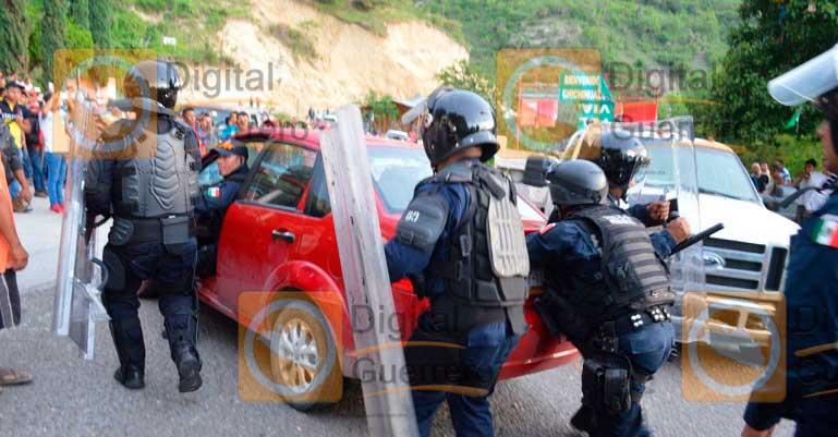 Destruye PF 9 plantíos de amapola en Chichihualco, Guerrero