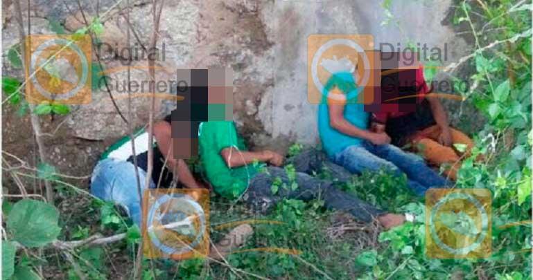 Hallan 4 cuerpos debajo de un puente en Coyuca de Benitez