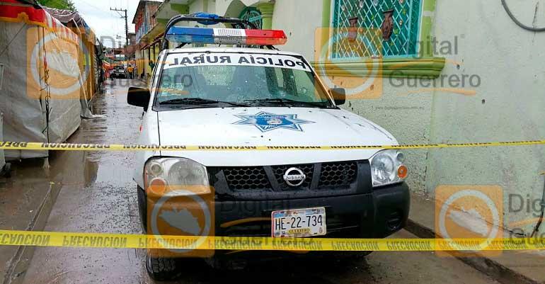 Comando armado mata a dos civiles en Guerrero