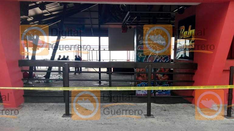 Balacera en bar de Zona Dorada de Acapulco deja un muerto