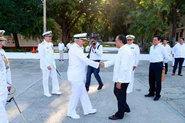 Tiburcio Camacho al mando de la V Región Naval