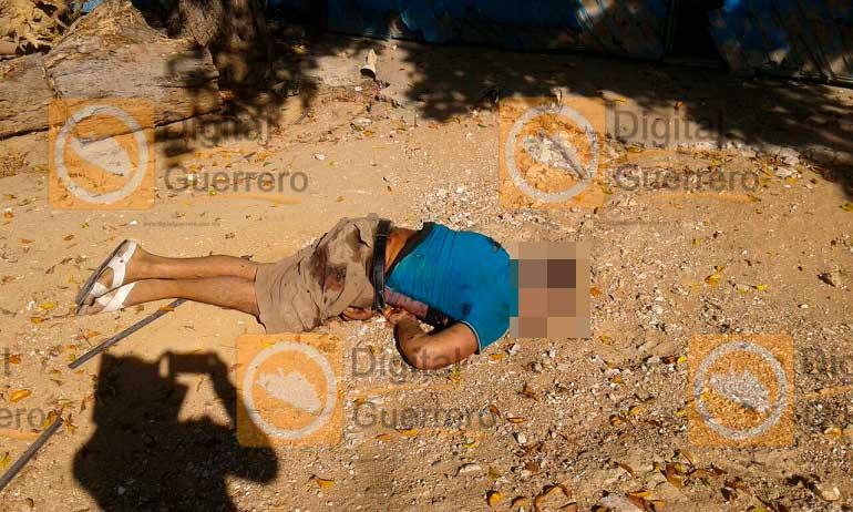 Matan a 2 hombres en acceso a playa Manzanillo de Acapulco
