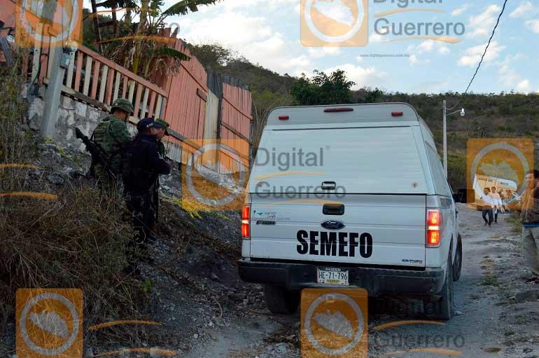 Descubren fosa clandestina con ocho cuerpos en Guerrero