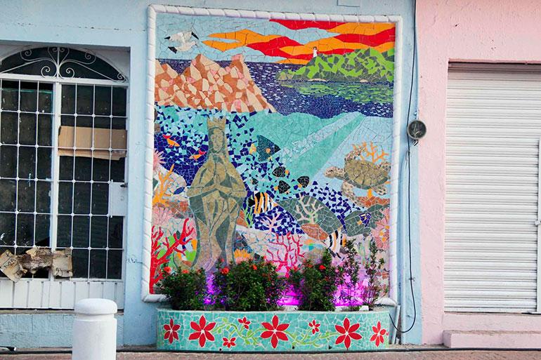 Digital guerrero inaugura gobierno de acapulco mural for Club joven mural